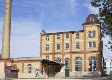 Umnutzung + Sanierung + Denkmalschutz